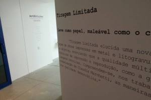 Adesivo de parede - Arte e Edição
